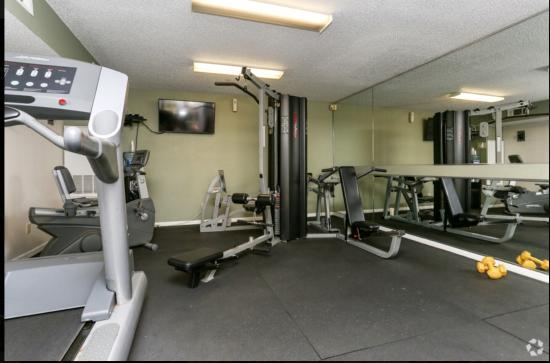 Fitness Center - Breakers Apartments