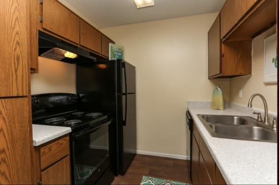 Model Kitchen Cape Cod, 1BR,1BA_ 650SF - Breakers Apartments